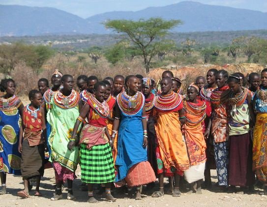 1400620Woman20Samburu20tribe20welcome20song