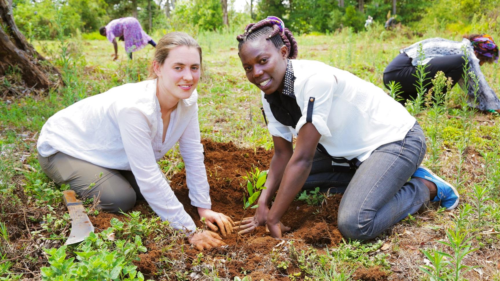 Julian and Naomi planting
