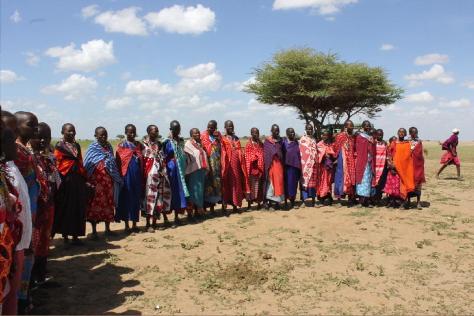 Kenya2012-Women in Circle