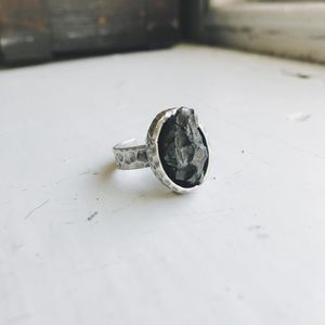 Yūgen Meteorite Chunk Ring