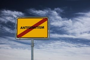THE LONGEST HATRED: A Brief Survey of Antisemitism