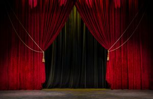 BROADWAY MUSICALS - A Fascinating Jewish Story