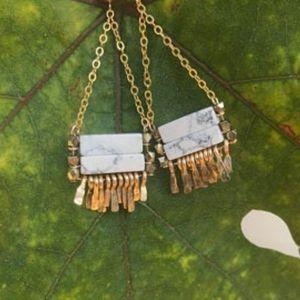 Carmine Howlite/Brass Gold Earrings