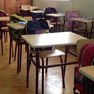 School Desks & Chairs