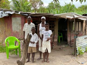 Chacaideno Family