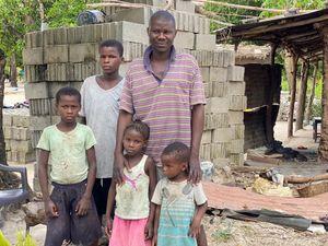 Chana dos Santos Samatesso Family